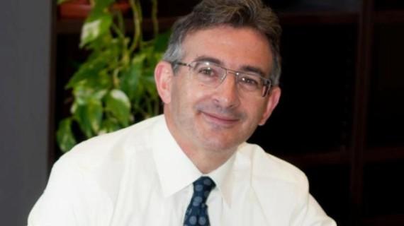 """El candidato a rector Francisco Ruiz afirma que la UHU necesita una """"proyección nacional e internacional más patente"""""""