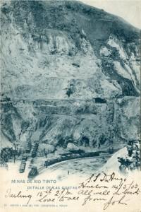Tarjeta Postal manuscrita por un tripulante del Don Hugo, enviada a sus padres, con una imagen de una corta de Riotinto.