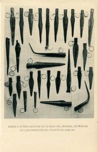 Una de las tarjetas postales de Hauser y Menet protagonizadas por las armas de bronce de la Ría de Huelva