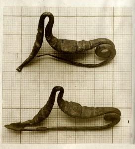 Fíbulas encontradas en el conjunto arqueológico