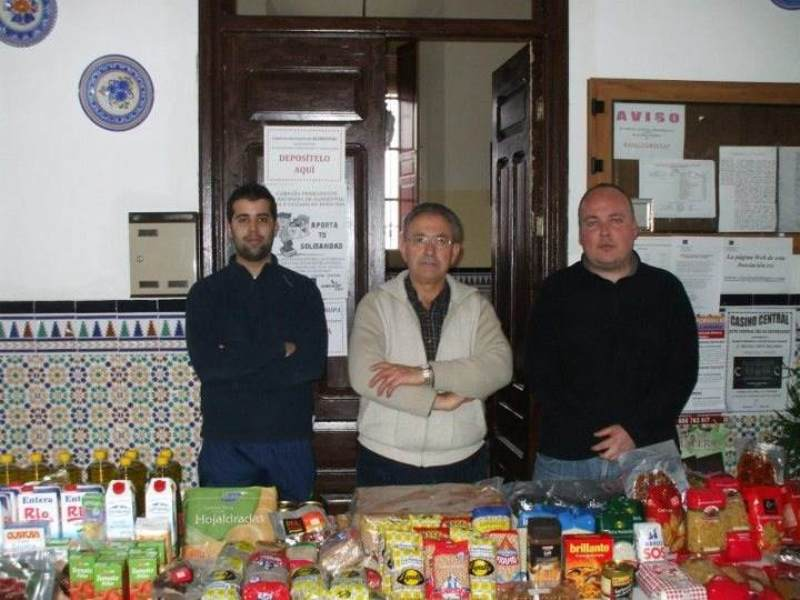 Representantes de Jabugo Joven, Casino Central y Armario Solidario