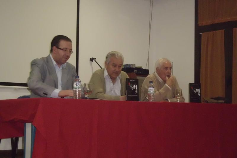 Un momento de la presentación del libro en Aracena.