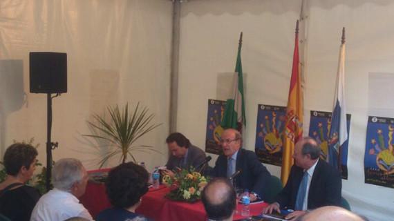La Feria del Libro acoge la presentación de la obra 'La Huelva de Thomas y Roisin'
