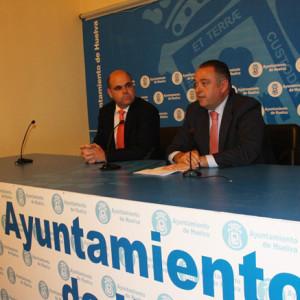 Saúl Fernández y Juan Carlos Adame en rueda de prensa.