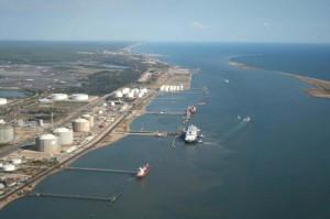 La finalidad de las obras es albergar las instalaciones de un nuevo Punto de Inspección Fronteriza . / Foto: Autoridad Portuaria de Huelva.