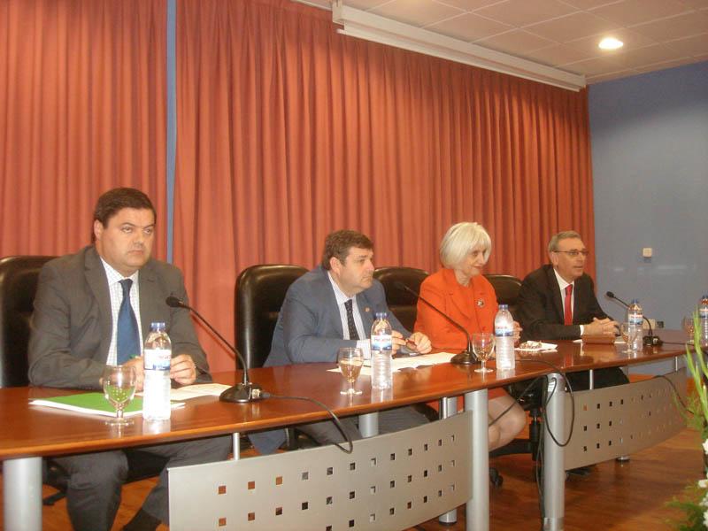 Presentación de las jornadas en homenaje a Miguel Ferre en la Universidad.