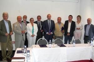 Imagen del grupo de participantes en el acto.