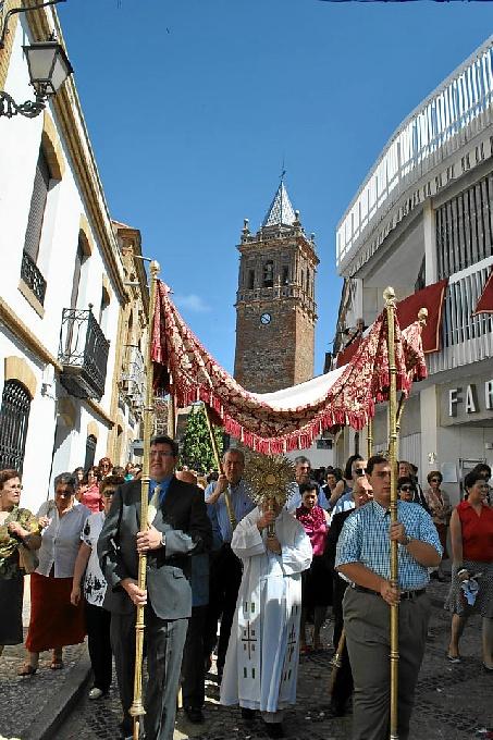 Procesión del Corpus en Zalamea la Real.