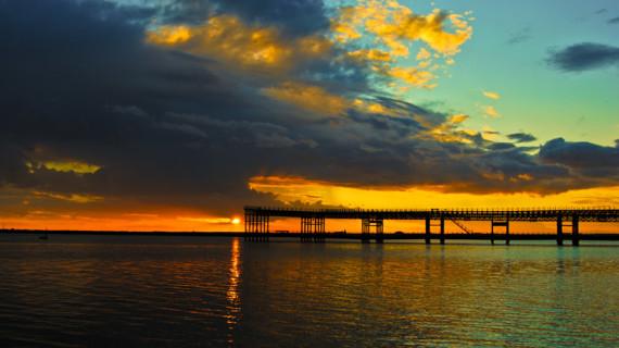 La imagen titulada 'Colores' gana el concurso 'Huelva a través de la fotografía' dedicado a la luz del Muelle de Riotinto