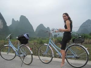 En bicicleta, camino de Guilin.