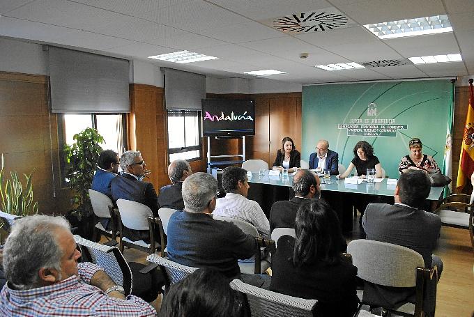 Imagen de la reunión de la Mesa del Turismo