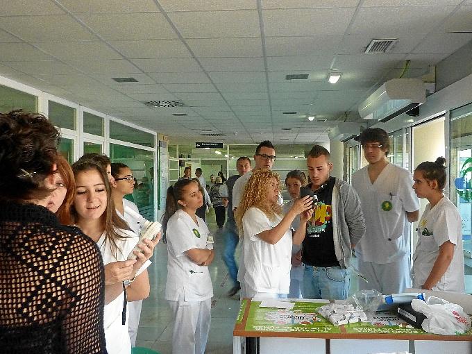 Realización de cooximetrías en consultas externas del Hospital Juan Ramón Jiménez.
