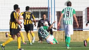 El San Roque quiere despedirse de la Segunda B con un triunfo. / Foto: Josele Ruiz.