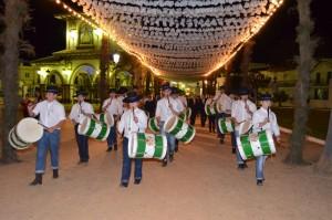 Los sones del tamboril no faltaron en la inauguración del recorrido.