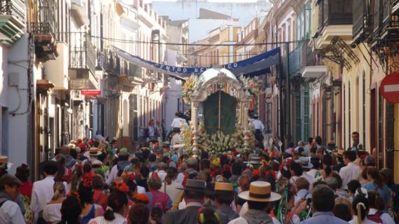 La Hermandad del Rocío de Bonares adelanta su salida media hora y recorta su sesteo este 2013