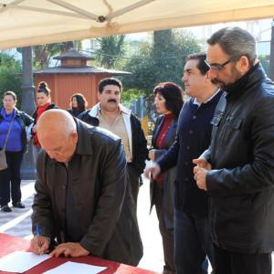 Ayamontinos apoyaron con su firma la campaña de no cierre del Parador (Foto de archivo).