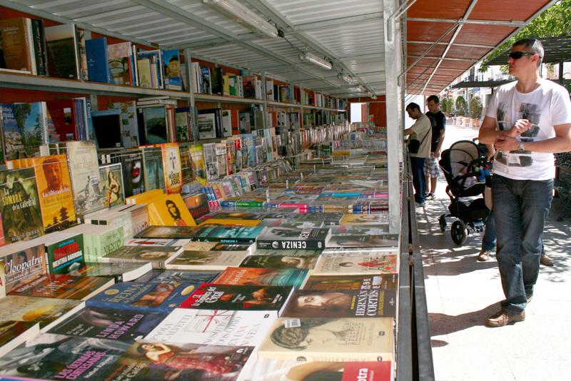 Diversas librerías de la capital se suman a la iniciativa.
