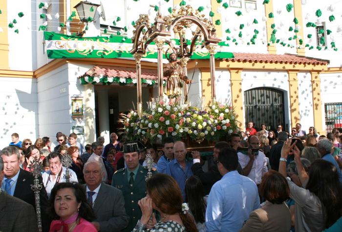 La ofrenda en honor a San Isidro Labrador en Cartaya sustituirá flores por alimentos