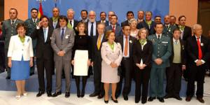 José Luis García Palacios junto al ministro y las demás personas distinguidas.