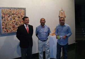 La exposición muestra 70 obras de autores de la Escuela de Arte León Ortega.