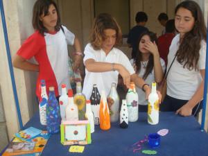 Los pequeños han mostrado sus trabajos en la Gran Vía de Huelva.