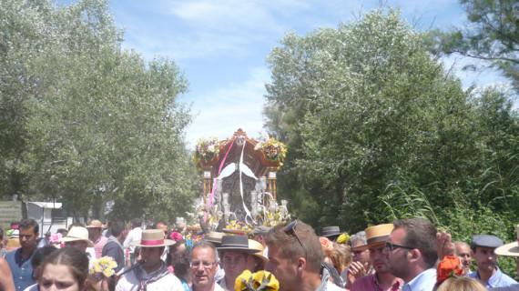 La Hermandad de Paterna retrasa media hora su paso por El Ajolí
