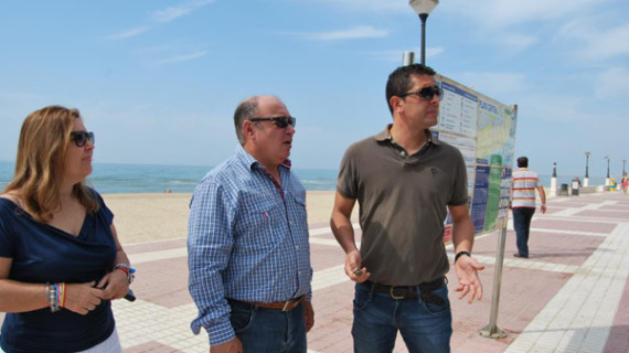 Isla Cristina obtiene cuatro banderas azules para sus playas