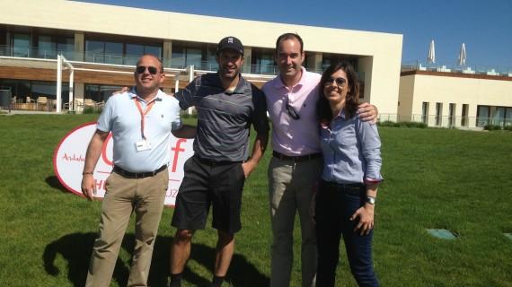 Unos 130 jugadores participan en el 'Pasaporte Golf Huelva la Luz' en el campo madrileño de El Encín