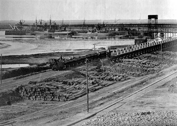 Los ingleses al llegar a las minas construyeron el ferrocarril de Riotinto hasta el Muelle de Huelva para exportar los minerales./Foto: http://www.foro-minerales.com/