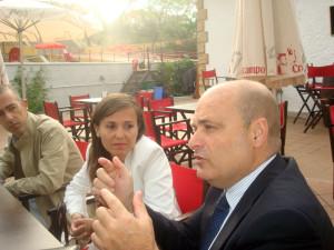Ramón Fernández Beviá, junto a Noemí Sanchís.