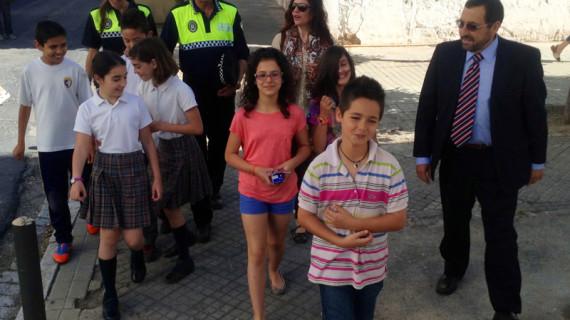 Tráfico fomenta el hábito de andar entre los escolares
