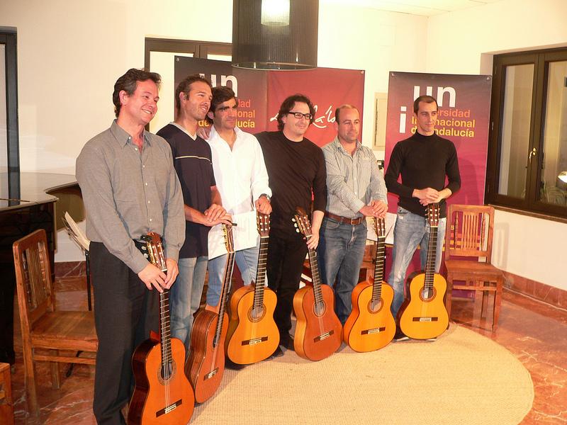 Los guitarristas, Paco Cruzado, Pablo García, Rafael Varela, Andrés Rite y Juan Antonio Conde, interpretaron obras de Paco de Lucía, Gerardo Núñez y Albeniz