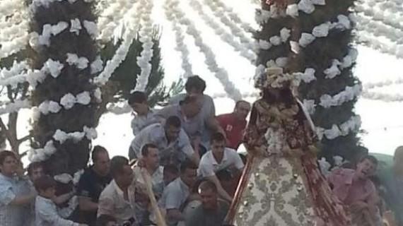 La Virgen del Rocío ya está en su aldea