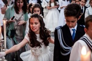 Los niños que han recibido en este 2013 su Primera Comunión formaban parte del cortejo procesional.