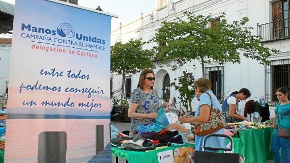 Manos Unidas Cartaya prorroga la campaña 'Vacía tu trastero' ante el éxito del mercadillo solidario
