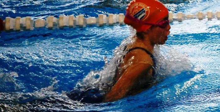 Alba Vázquez consigue la mínima para participar en los 200 metros estilos en el Campeonato de España Alevín