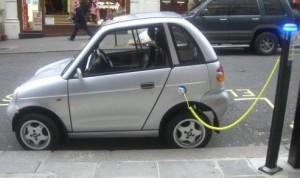 Fomento del uso del coche eléctrico. / Foto: cocheseco.com.