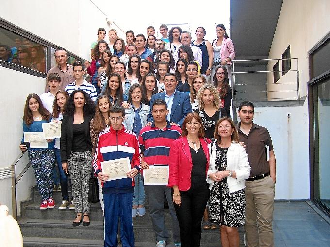 El primer premio ha recaído sobre alumnos del Instituto Nuevo Milenio.