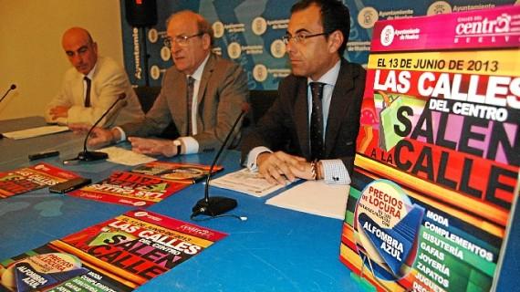 Un total de 40 establecimientos de Huelva participan en la iniciativa 'Los comercios del centro salen a la calle'