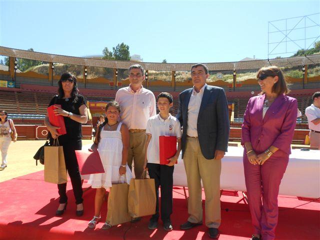 Los tres ganadores del concurso han recibido sus correspondientes premios.