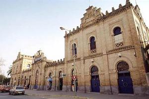 La estación de Huelva cuenta ya con desfibriladores externos automáticos
