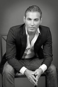 Pitingo nació en Ayamonte en 1980.