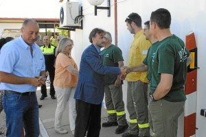 Imagen de la visita al Centro de Defensa Forestal (Cedefo) de Valverde del Camino.
