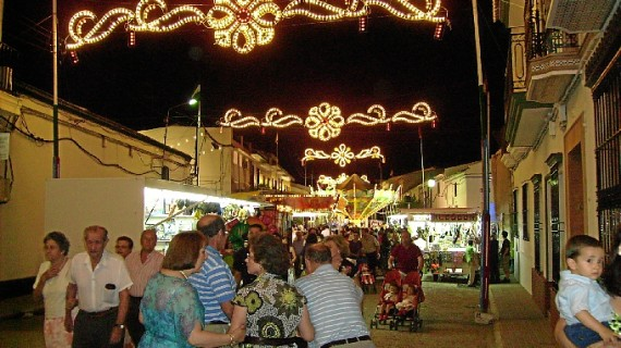 Bollullos del Condado celebra la velá de San Antonio 2013