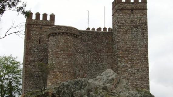 El libro de Manuel Moya y la historia de los casinos de Huelva, en las Jornadas Culturales de los 'Amigos del Castillo de Cortegana'