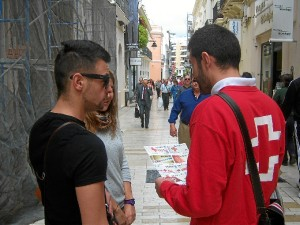 Voluntarios de Cruz Roja Huelva.