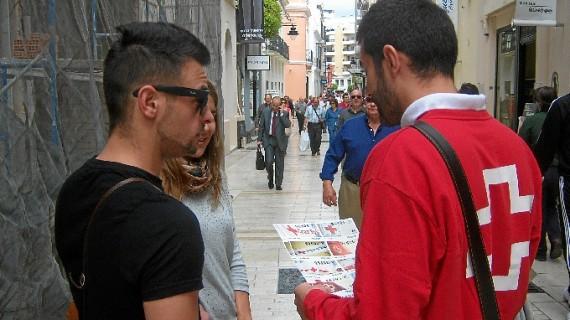 Los onubenses demuestran una vez más su solidaridad participando en el Sorteo de Oro