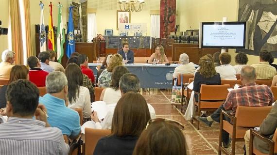 Presentado a los ayuntamientos el Decreto-Ley de medidas extraordinarias y urgentes para la lucha contra la Exclusión Social en Andalucía