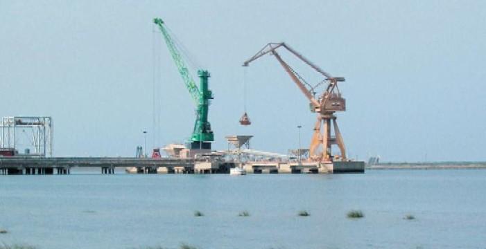 El Puerto de Huelva se adelanta a la normativa europea y suministrará gas natural licuado a buques