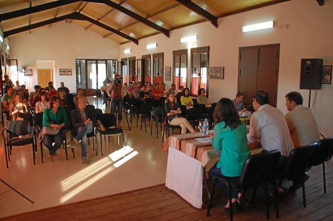 Muchos jóvenes asistieron en Jabugo a las jornadas.